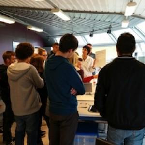 les BTS découvrent les laboratoires du hall agroalimentaire