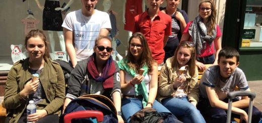 Voyage à Jersey - Tout le groupe au soleil